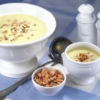Крем супа с месни кротони Thumbnail Image