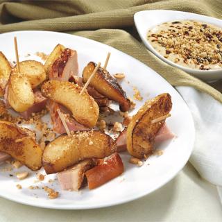 Хапки от ябълки и печен свински бут Thumbnail Image