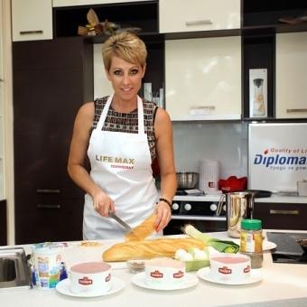 Музикално-кулинарно шоу с Джина Стоева Thumbnail Image