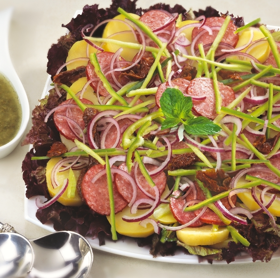 Италианска картофена салата сух колбас Image 0