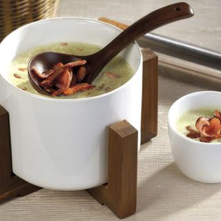 Крем супа от броколи с препечен бекон Thumbnail Image