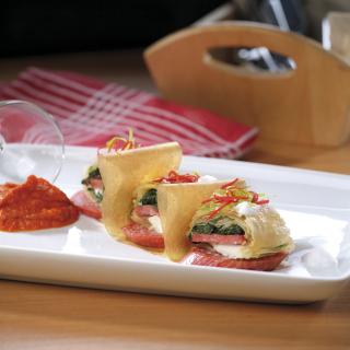 "Банички с колбас ""Тандем"", крема сирене и спанак Thumbnail Image"