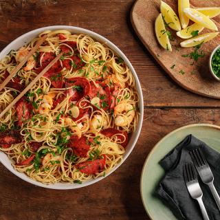 Спагети със салам Чоризо и скариди  Thumbnail Image