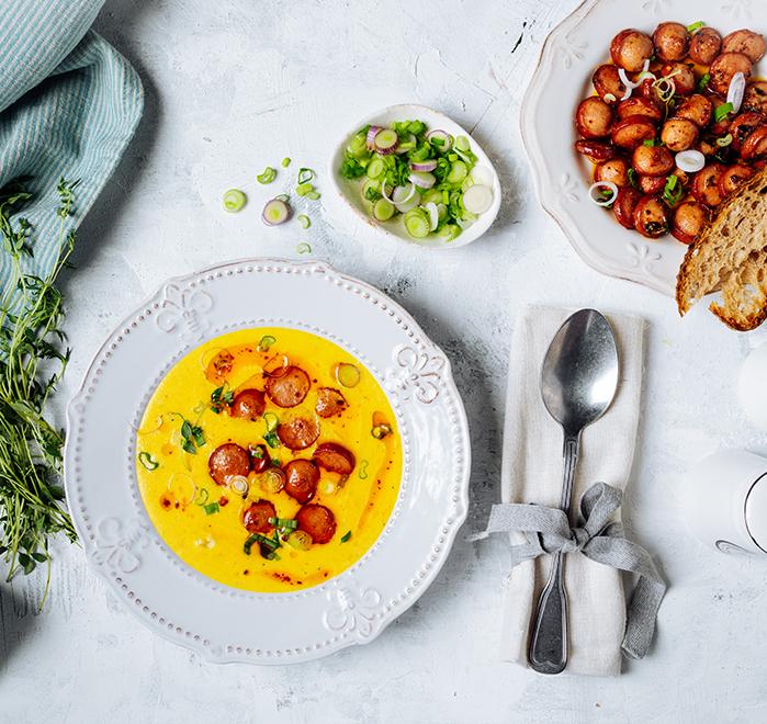 Бирена супа с чедър и телешки кренвирши Тандем Image 0