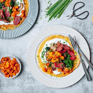 Безглутенова рецепта за Нахутени палачинки със спанак, гъби и Дряновска луканка Thumbnail Image